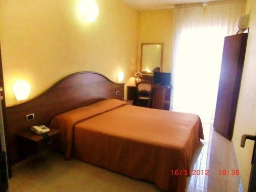 Hotel Cavour - фото 2