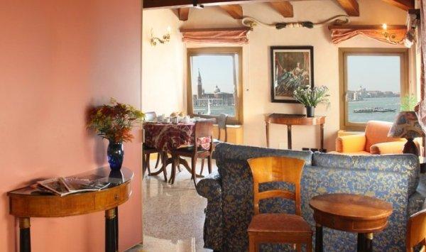 San Simeon Apartments - фото 10