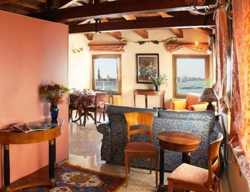 San Simeon Apartments - фото 3