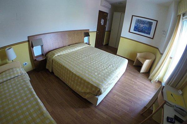 Hotel Romeo - фото 1