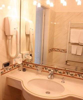 Hotel Ristorante Gardesana - фото 7