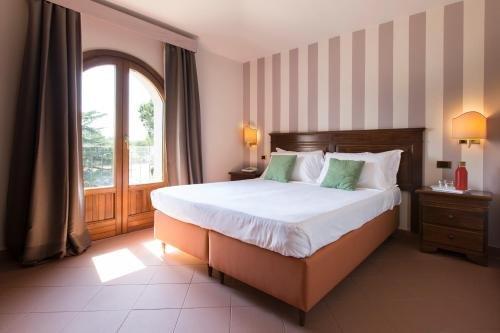 Hotel Il Borgo Di Sutri - фото 1