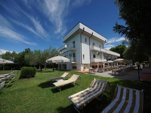Hotel Saviola Lake - фото 22