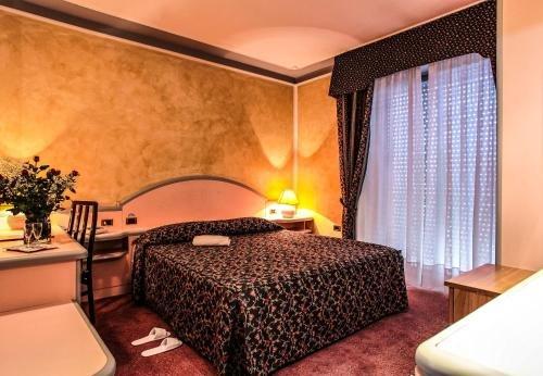 Hotel Grazia Deledda - фото 1