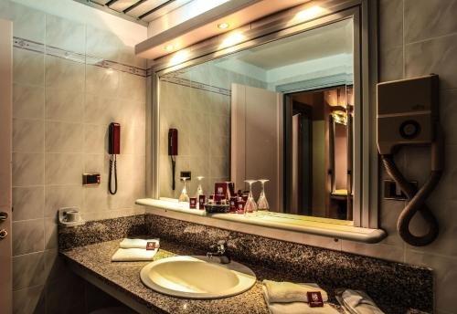 Hotel Grazia Deledda - фото 9