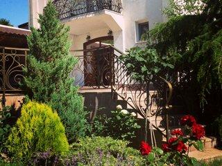 Фото отеля Гостевой Дом Адмирал