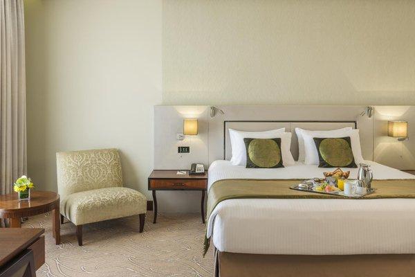 Millennium Plaza Hotel - фото 4