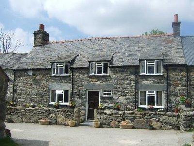 Tair Felin Farm Guesthouse