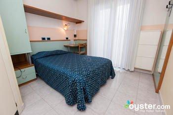 Hotel Marina - фото 1