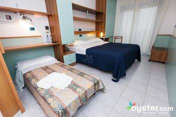 Hotel Marina - фото 3