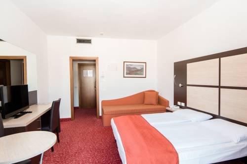 Panoramic Hotel Benacus - фото 2