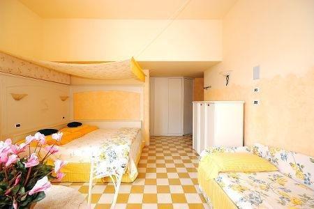 Bellavista Hotel Deluxe Apartments - фото 3