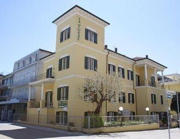 Hotel La Torre - фото 37