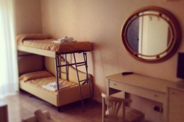 Hotel Gaston - фото 4