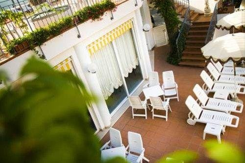 Hotel Villa dei Fiori - фото 15
