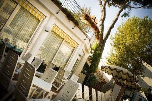 Hotel Villa dei Fiori - фото 16
