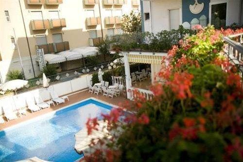 Hotel Villa dei Fiori - фото 19
