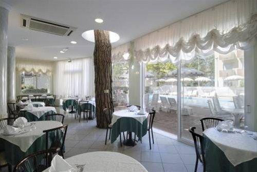 Hotel Villa dei Fiori - фото 8