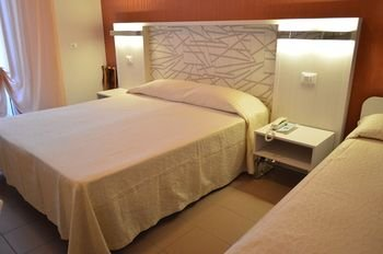 Hotel Villa Paola - фото 3