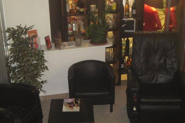 Hotel La Perla - фото 12