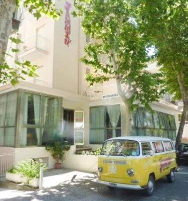 Jammin' Rimini Backpackers Hotel - фото 22