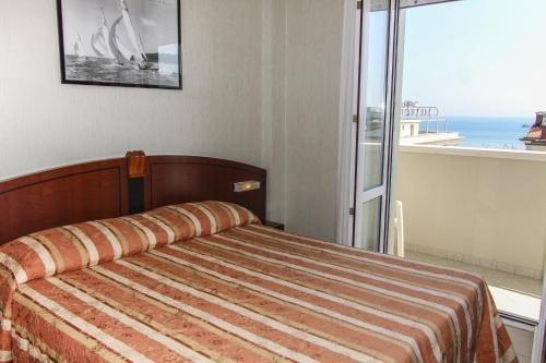 Hotel Rex - фото 2