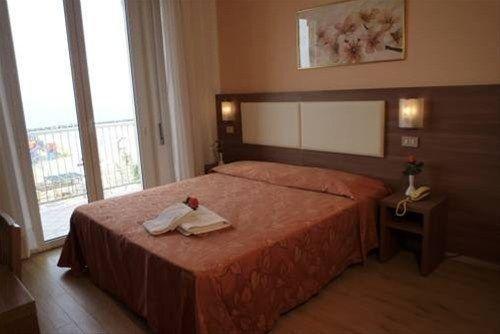 Hotel Sara - фото 2