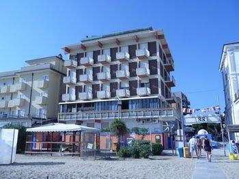 Hotel Suprem - фото 21