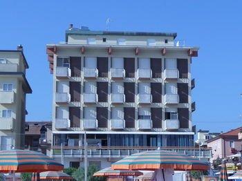Hotel Suprem - фото 22