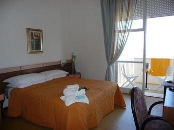 Hotel Suprem - фото 8