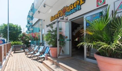 Sunflower Beach Backpacker Hostel - фото 21