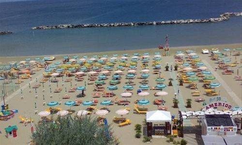 Hotel Holiday Beach - фото 16