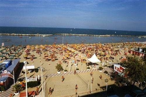 Hotel Holiday Beach - фото 18