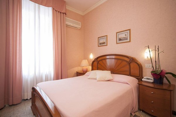Aquila D' Oro Hotel Riccione, Риччионе