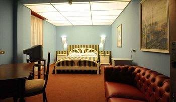 Hotel Cristallo - фото 1