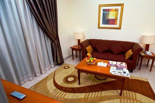 Icon Hotel Apartments - фото 4