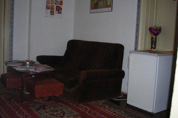 ICO Hostel - фото 9