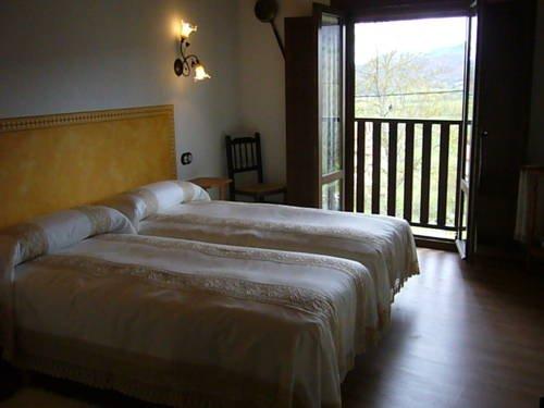Apartamentos Rurales Casa Lafuente - фото 2