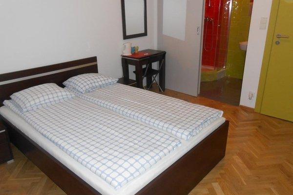 Lux Hostel - фото 1
