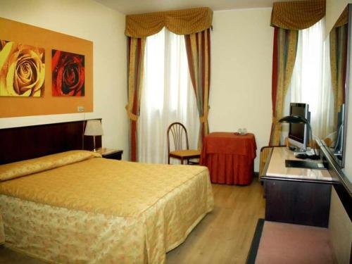 Hotel Donatello - фото 1