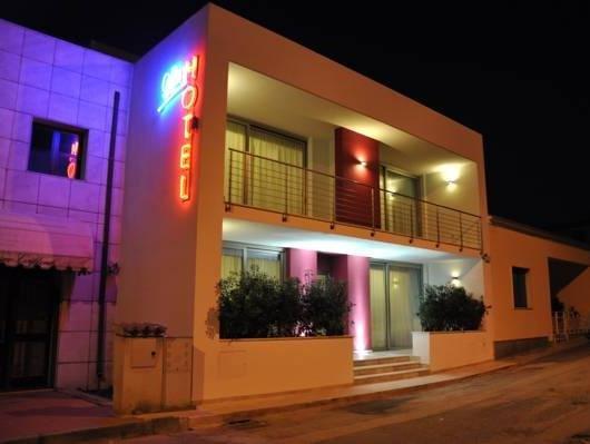 Gil's Hotel - фото 14