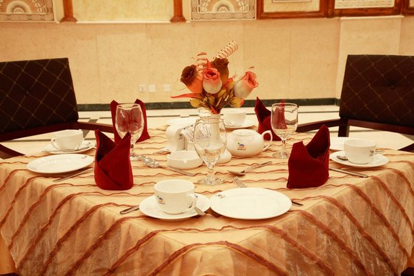 Crown Palace Hotel - фото 15