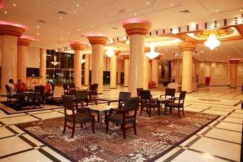 Crown Palace Hotel - фото 8