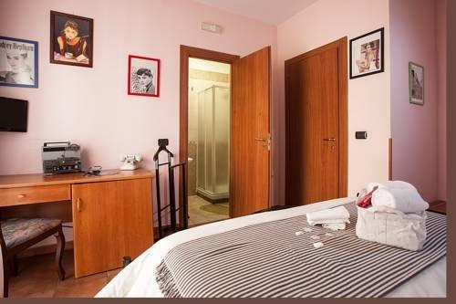 Hotel Cineholiday - фото 1