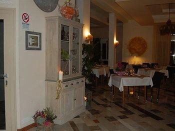 Hotel Ristorante Sole - фото 7
