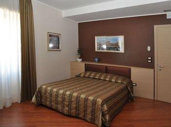 Hotel Dulcinea - фото 4