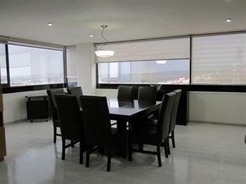 Puebla Inn Suites - фото 11
