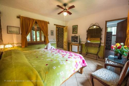 Hotel Casa Pomarrosa - фото 1