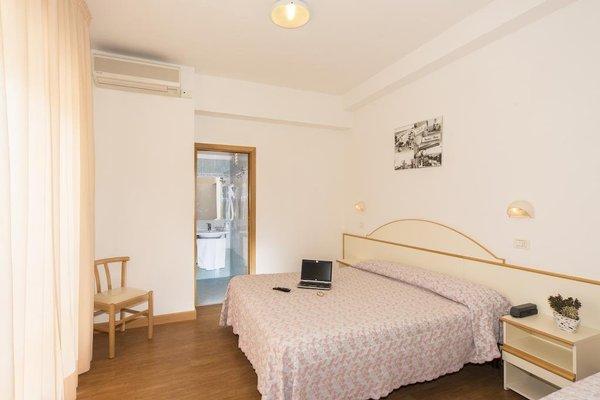 Hotel Silvia - фото 1