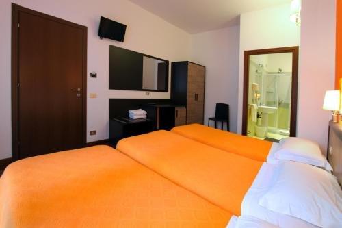 Lux Hotel Durante - фото 1